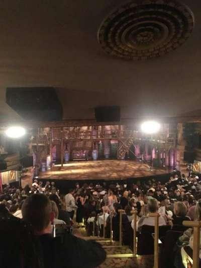 Richard Rodgers Theatre, vak: Orchestra, rij: V, stoel: 1