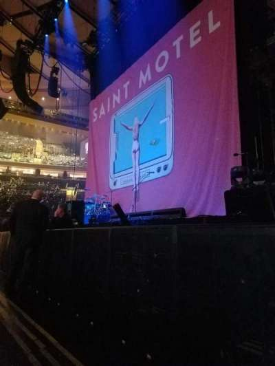 Madison Square Garden, vak: C, rij: 2, stoel: 13