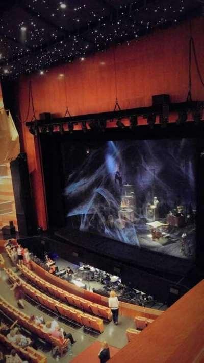 Eccles Theater, vak: second tier, rij: box J, stoel: 4