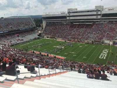 Lane Stadium, vak: 23, rij: 5J, stoel: 10