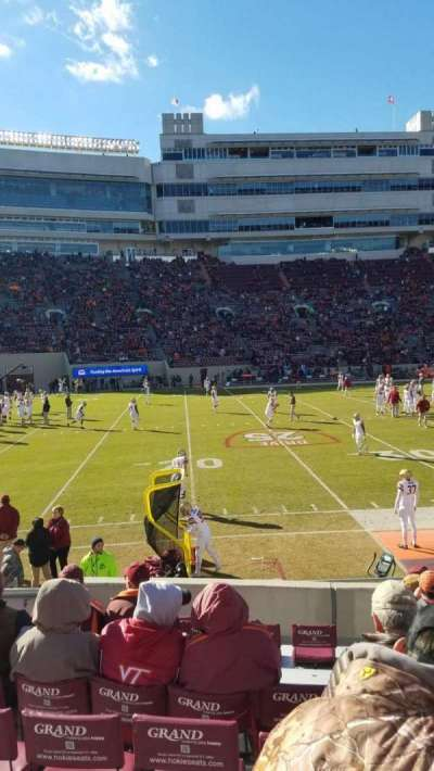 Lane Stadium, vak: 15, rij: N, stoel: 10
