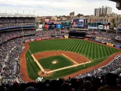 Yankee Stadium, vak: 419, rij: 12, stoel: 16