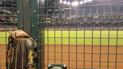 Chase Field, vak: RFW, rij: 1C, stoel: 4