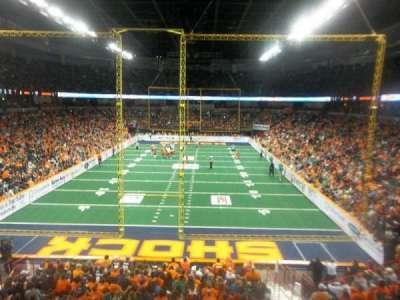 Spokane Arena, vak: 110, rij: R, stoel: 10