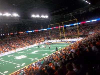 Spokane Arena, vak: 115, rij: N, stoel: 16