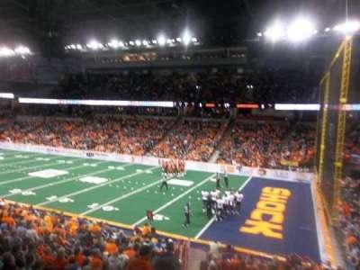 Spokane Arena, vak: 119, rij: T, stoel: 13