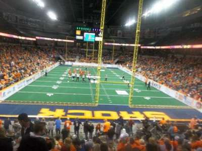 Spokane Arena, vak: 122, rij: S, stoel: 16