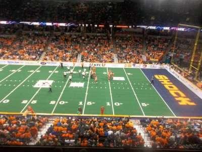 Spokane Arena, vak: 217, rij: M, stoel: 10