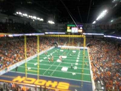 Spokane Arena, vak: 223, rij: M, stoel: 15