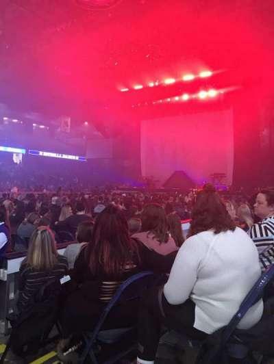 Allstate Arena, vak: 212, rij: 3, stoel: 1-2