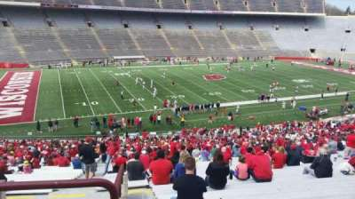 Camp Randall Stadium, vak: v, rij: 57, stoel: 36