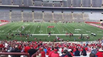 Camp Randall Stadium, vak: t, rij: 57, stoel: 36