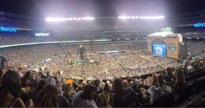 Metlife Stadium, vak: 215, rij: 10, stoel: 17