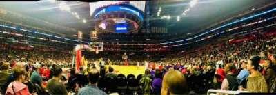 Staples Center, vak: 106, rij: D, stoel: 1