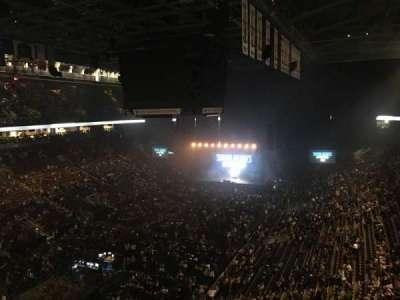 Scotiabank Arena, vak: 301, rij: 4