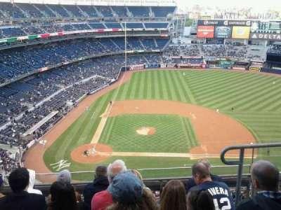Yankee Stadium, vak: 417, rij: 5, stoel: 3