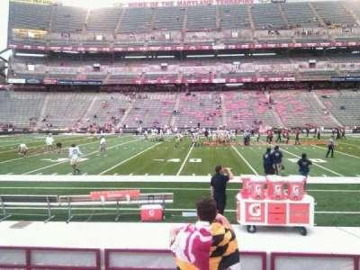 Maryland Stadium, vak: 24, rij: h, stoel: 22