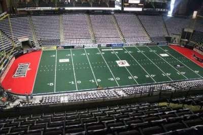 Jacksonville Veterans Memorial Arena, vak: 305, rij: H, stoel: 8