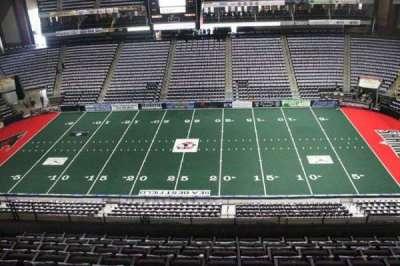 Jacksonville Veterans Memorial Arena, vak: 320, rij: F, stoel: 8