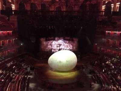 Royal Albert Hall, vak: Circle T, rij: 1, stoel: 105