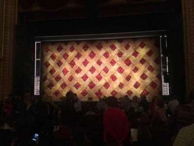 Forrest Theatre, vak: Orchestra C, rij: O, stoel: 104