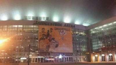 Bridgestone Arena, vak: Outside