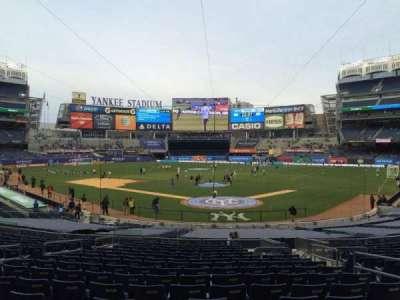 Yankee Stadium, vak: 120b, rij: 26, stoel: 4