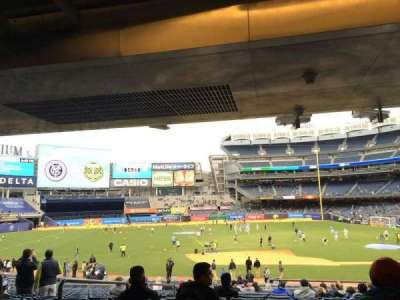 Yankee Stadium, vak: 125, rij: 30, stoel: 11