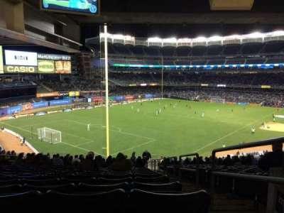 Yankee Stadium, vak: 232a, rij: 23, stoel: 1
