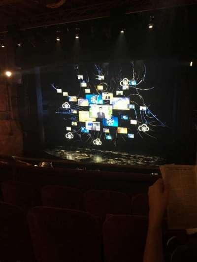 August Wilson Theatre, vak: Right Mezzanine, rij: D, stoel: 10