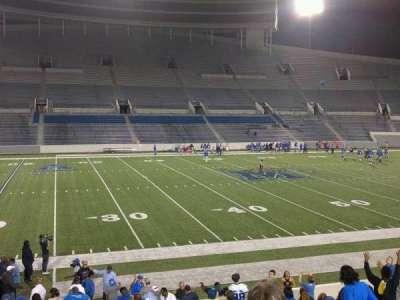Liberty Bowl Memorial Stadium, vak: 106, rij: 20, stoel: 01