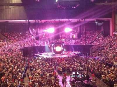 Jacksonville Veterans Memorial Arena, vak: 109, rij: CC, stoel: 3