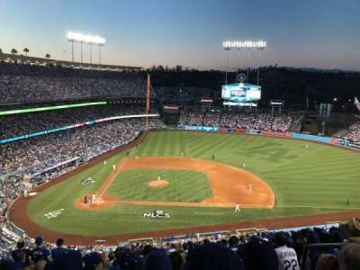Dodger Stadium, vak: 10RS, rij: R, stoel: 21