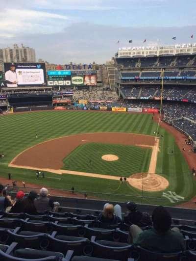 Yankee Stadium, vak: 322, rij: 7, stoel: 12