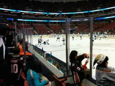 Honda Center, vak: 207, rij: C, stoel: 102