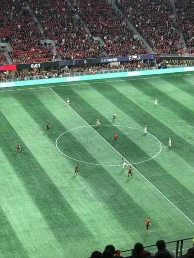 Mercedes-Benz Stadium, vak: 334, rij: 13, stoel: 24