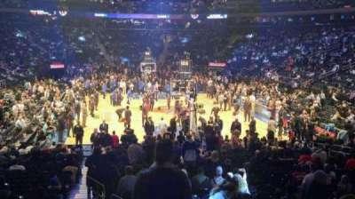 Madison Square Garden, vak: 102, rij: 14, stoel: 1