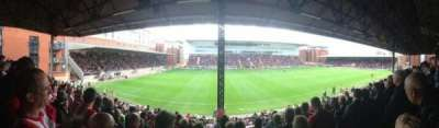 Matchroom Stadium, vak: EBM - PAPST East Stand Upper, rij: K, stoel: 159