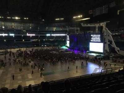 Rogers Centre, vak: 212R, rij: 8, stoel: 6
