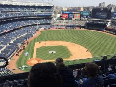 Yankee Stadium, vak: 417, rij: 4, stoel: 19