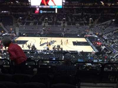 AT&T Center, vak: 107, rij: 32, stoel: 1and3