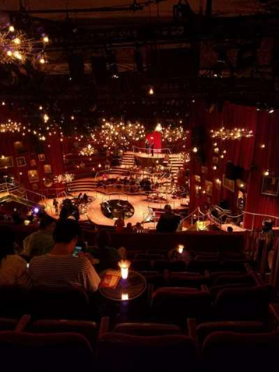 Imperial Theatre, vak: Center Rear Mezz, rij: H, stoel: 7