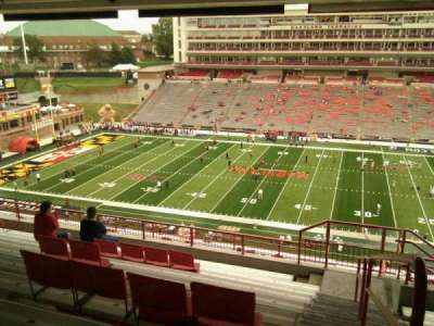 Maryland Stadium, vak: 207, rij: s, stoel: 25