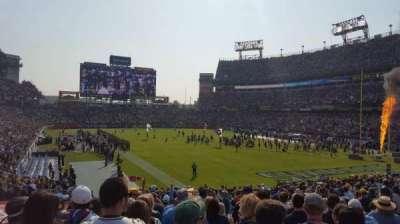 Nissan Stadium, vak: 104, rij: AA, stoel: 9