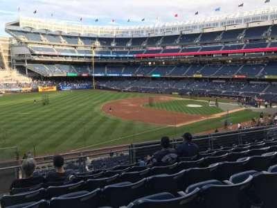 Yankee Stadium, vak: 228, rij: 7, stoel: 22