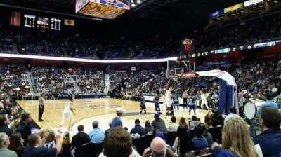 Mohegan Sun Arena, vak: 21, rij: F, stoel: 10