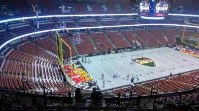 Honda Center, vak: 438, rij: N, stoel: 8