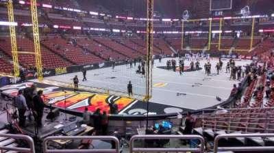 Honda Center, vak: 213, rij: P, stoel: 8