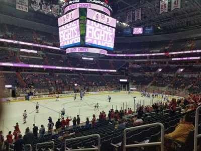 Capital One Arena, vak: 109, rij: S, stoel: 16