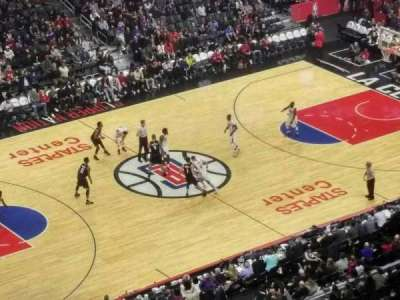 Staples Center, vak: 304, rij: 7, stoel: 9
